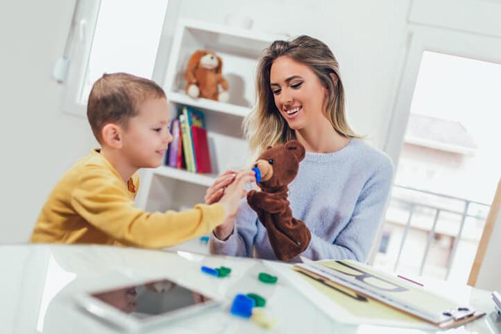 Coronavirus, la fase 2 con l'autismo: «Più aiuti per i nostri figli»