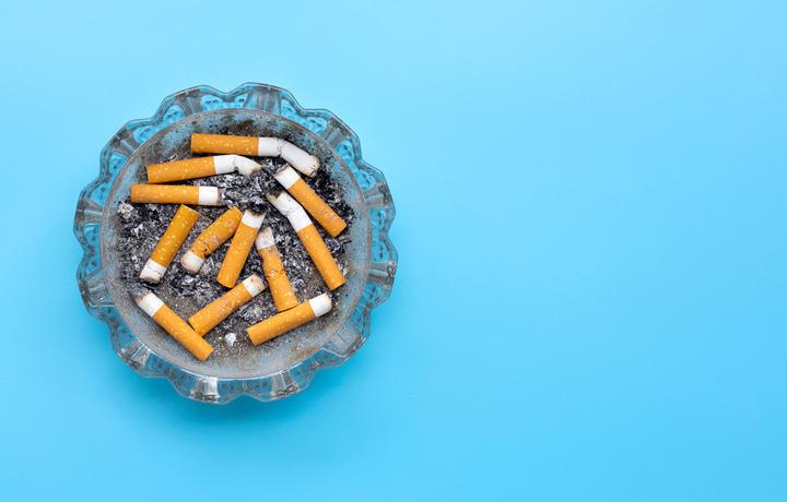Smettere di fumare conviene sempre. Anche con un tumore del polmone
