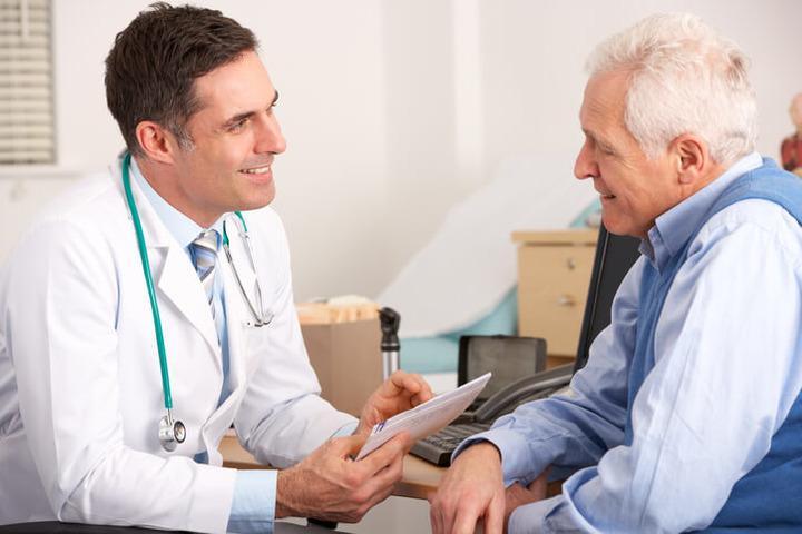 Tumore della prostata: quando e perché si usa la terapia ormonale?