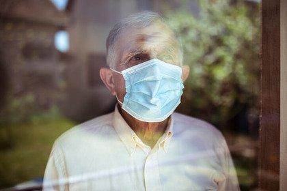 Covid-19: anziani, la malattia fa meno paura agli uomini