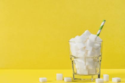 Troppo zucchero aumenta i depositi di grasso dannosi