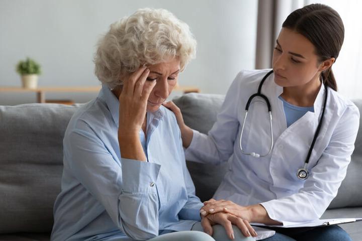 Dopo un tumore, quando è utile rivolgersi a uno psichiatra?