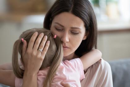 «Ho appena saputo di avere un tumore: devo dirlo o no a mio figlio?»