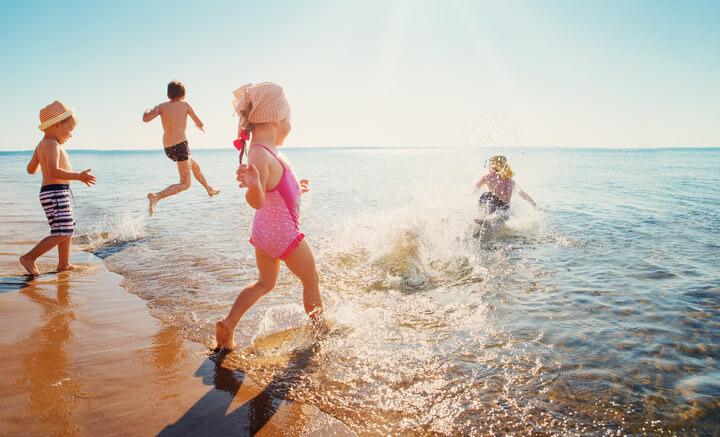 Come proteggere i bambini dal sole?