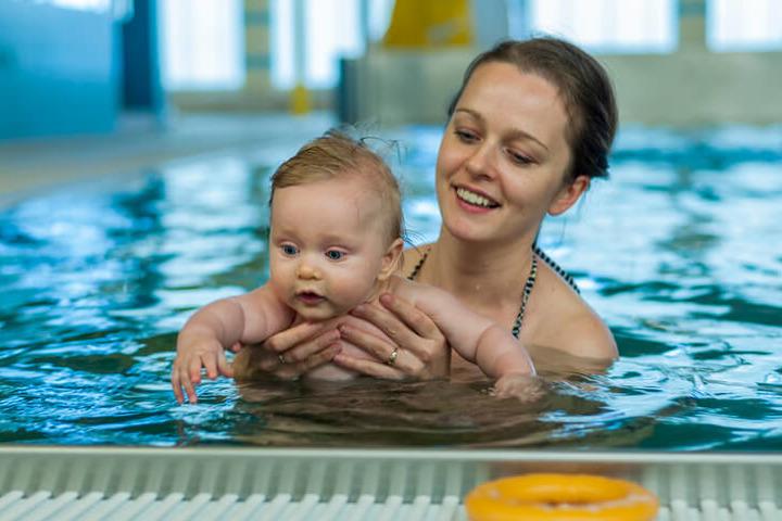 Donne, attenzione e memoria: la maternità non fa differenza
