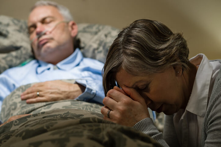Essere credenti aiuta ad affrontare un tumore?