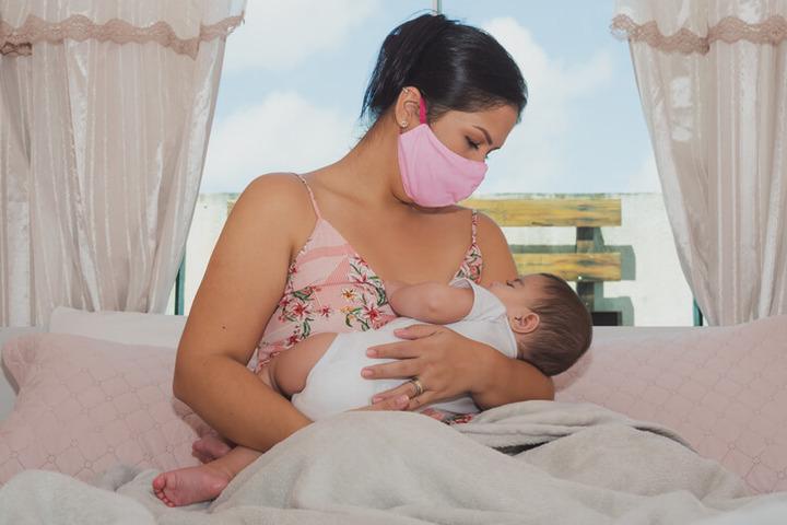 Allattamento al seno: nessun rischio se la mamma ha il Covid-19
