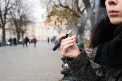 Il tabacco riscaldato fa meno male delle sigarette?