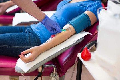 Calano le donazioni di sangue e di plasma