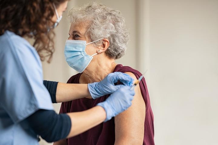 Il vaccino Pfizer-BioNTech previene anche l'infezione: il caso di Israele