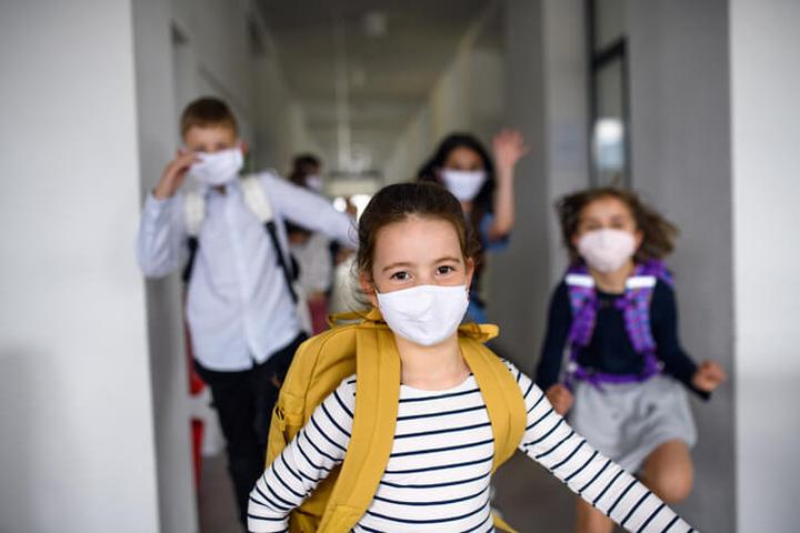 A scuola può essere richiesto l'uso della mascherina FFP2? | Fondazione  Umberto Veronesi