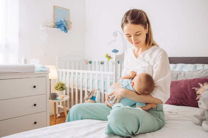 Il latte materno è l'alimento ideale anche per la mente