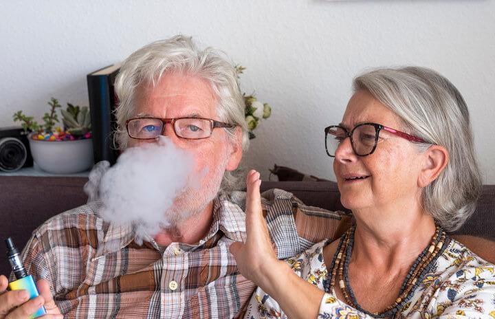 Le sigarette elettroniche provocano il cancro?