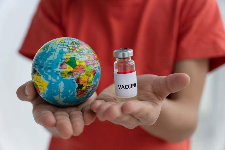 Primi dati su una popolazione intera: vaccino Pfizer efficace al 95%