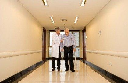 Quanto sono pericolose le fratture negli anziani?