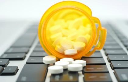 Farmaci online: i cinque consigli per evitare le truffe