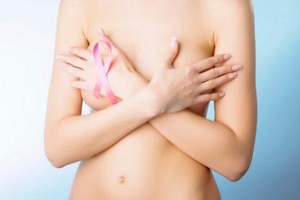 Tumore al seno: quando serve il bisturi preventivo?