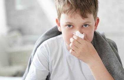 Allergie pediatriche: sporco e batteri proteggono?