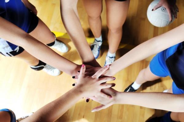 Ragazze fate sport, fate il volley