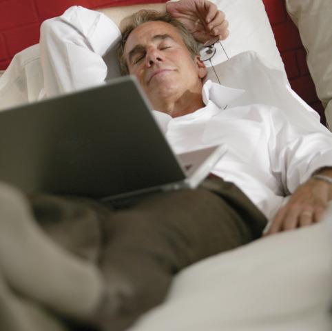 Tv e Internet i nemici del buon sonno