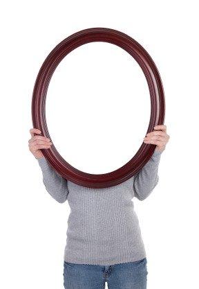 La malattia dello specchio: sentirsi (e vedersi) un mostro