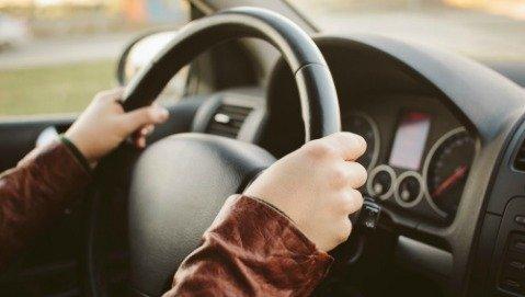 Apnee notturne: quando il rischio è alla guida