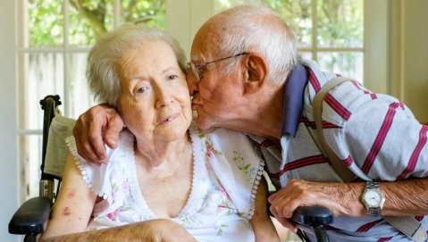 Se la mente attiva ritarda i sintomi dell'Alzheimer