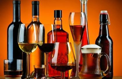 L'alcol è implicato nell'insorgenza di sette tumori