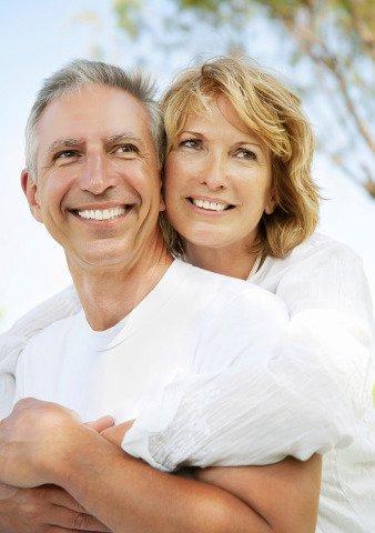 Quali rischi corre l'uomo se si sposa in tarda età