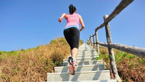 Per essere in forma usiamo le scale