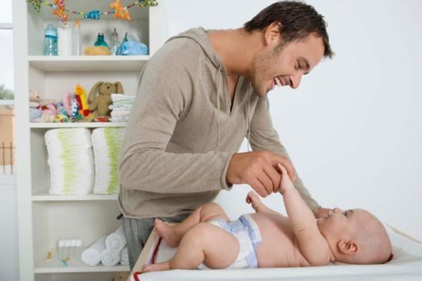Con l'ormone dell'amore i padri diventano più teneri con i figli