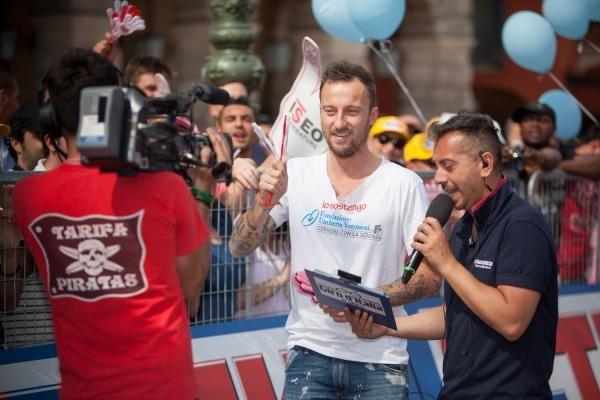 Testimonial Giro d'Italia 2012 Sosteniamo i giovani, sostenimo Fondazione Veronesi: parola di Francesco Facchinetti