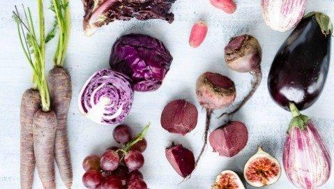Frutta e verdura rossa e blu contro la disfunzione erettile
