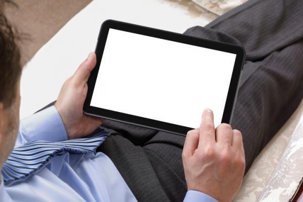 Non addormentarsi con il tablet se si porta un pacemaker