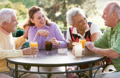 Anziani, come difendersi dall'ondata di calore
