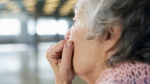 La solitudine indebolisce il sistema immunitario