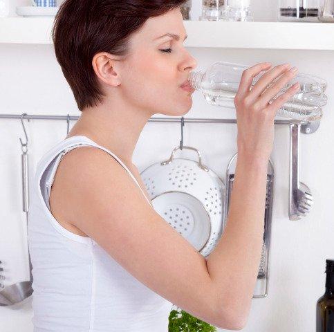 Fibre, acqua e relax aiutano a combattere la stipsi