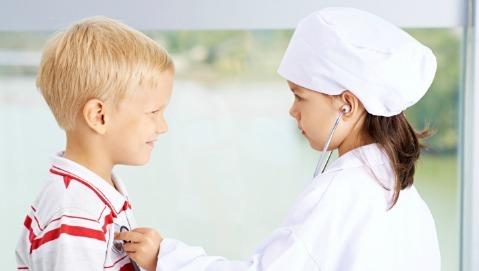 La malattia di un bambino si affronta col gioco