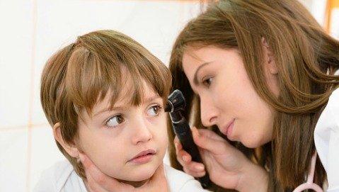 Probiotici spray contro le otiti pediatriche