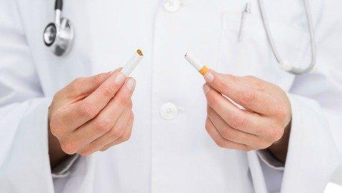 Ospedali senza fumo: i medici smettono, gli infermieri no