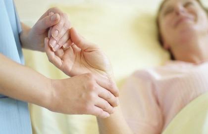 Troppi pregiudizi attorno alle cure palliative