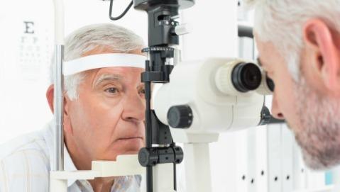 Maculopatia degenerativa: a quali segnali fare attenzione?