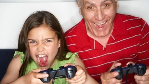 Video games: bene per i nonni, male per i nipoti
