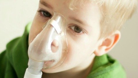 Le regole d'oro per curare i bambini asmatici