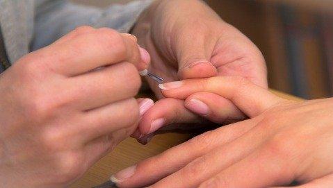 Perchè le unghie si indeboliscono?