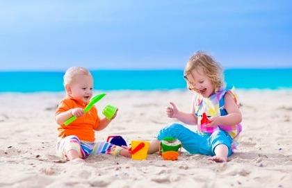 I consigli per andare in vacanza con un neonato