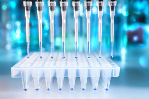 Tumore all'ovaio: in quali casi fare il test genetico?