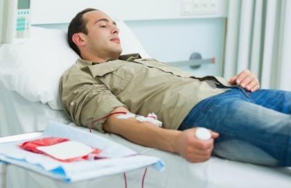 Sono celiaco, ma vorrei donare il sangue: è possibile?