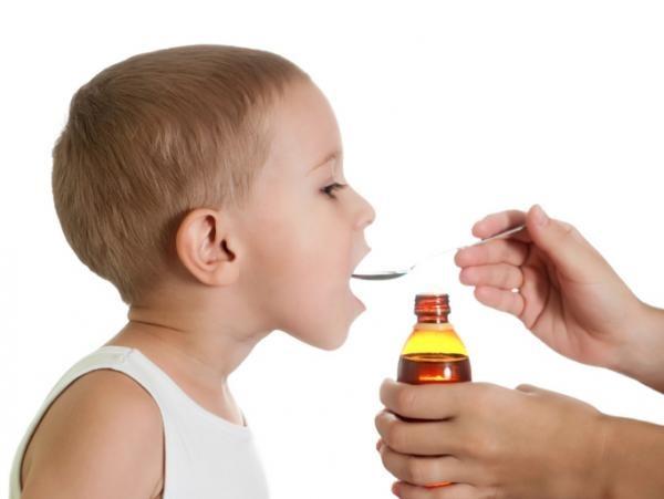 Farmaci generici per bambini: i pediatri predicano prudenza