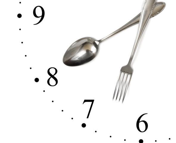 Se si mangia di sera si ingrassa di più